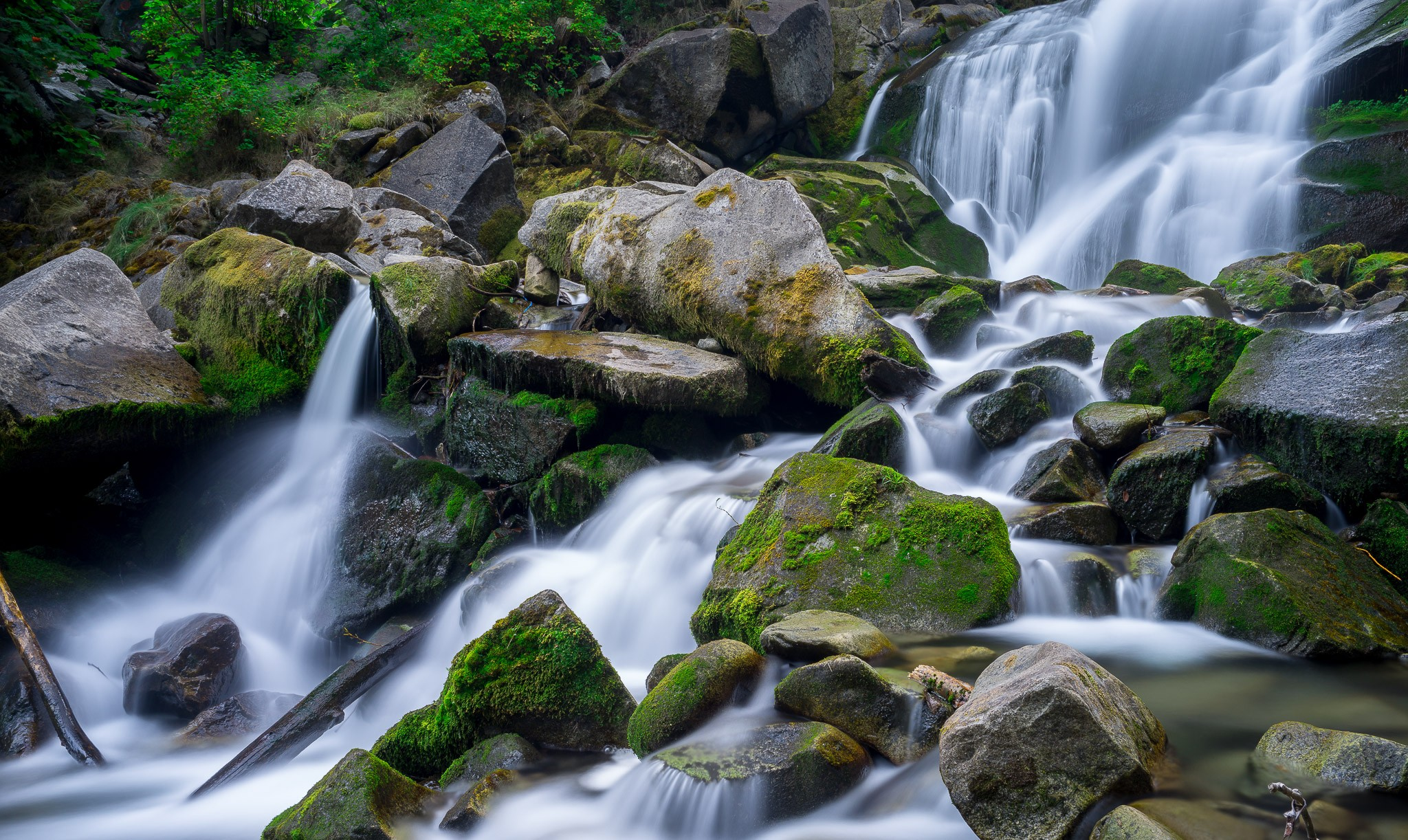 Cottonwood Falls in Nelson BC