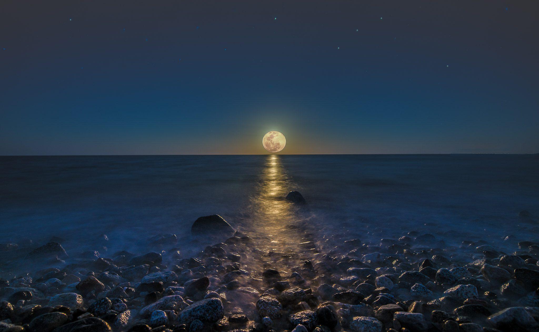 Sea Of Cortez Full Moon Taken in Los Barriles Baja California Sur Mexico